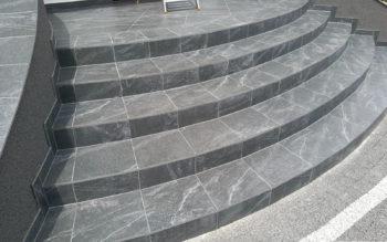 Schody z granitu B